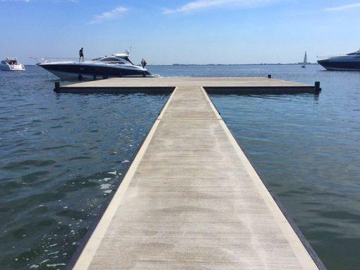 Walkway dock